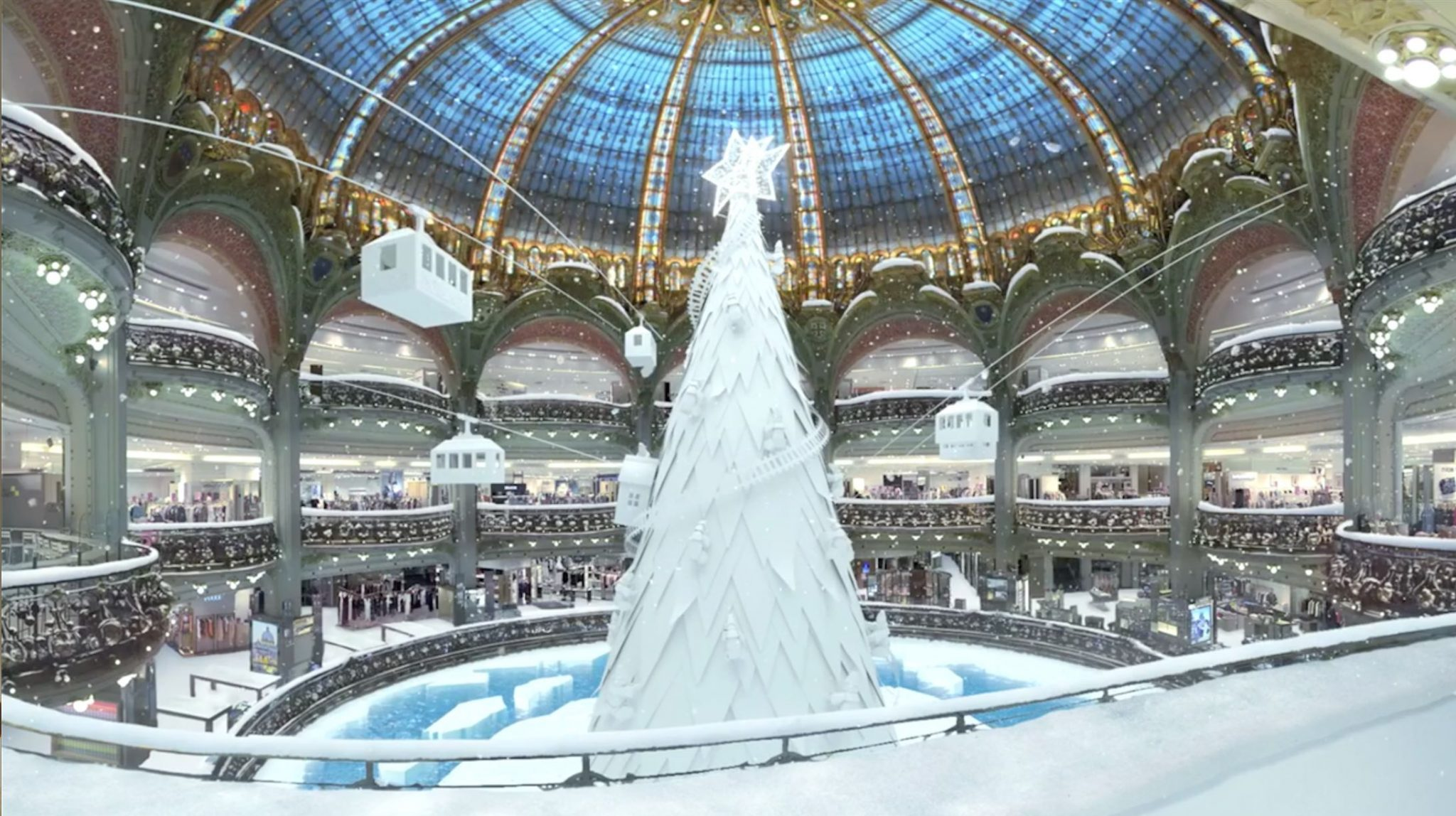 The Top 10 Most Beautiful Christmas Trees In The World